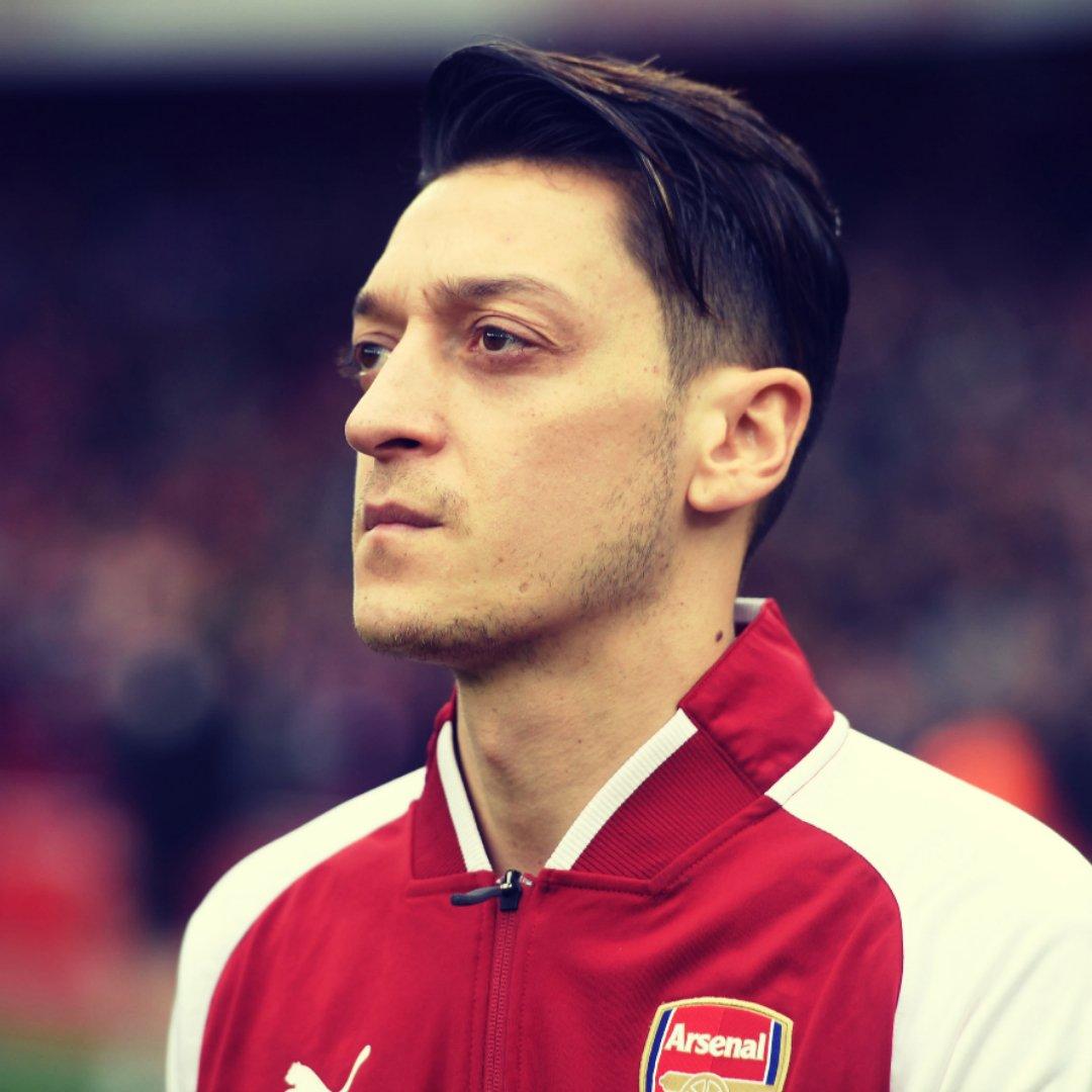 Arsenal midfielder Mesut Ozil