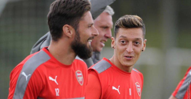 Mesut Ozil and Olivier Giroud
