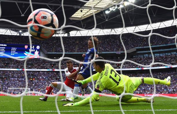 Aaron Ramsey Scores Against Chelsea
