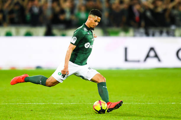 Arsenal agree deal to sign St-Etienne's William Saliba for €30m