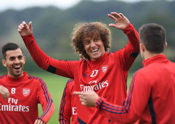 Arsenal defender David Luiz confirms talks already held about Benfica return