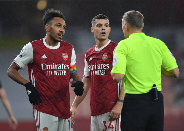 Chambers starts for Arsenal in nearly a year against Dundalk